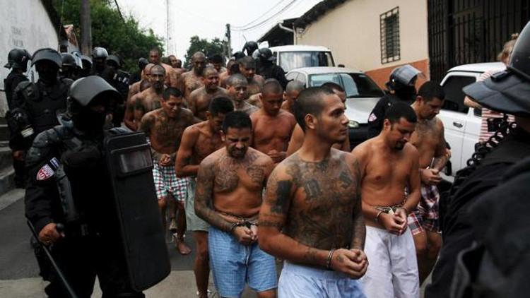 ¿A qué se debe la brusca disminución del número de homicidios en El Salvador?