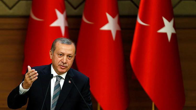 """""""Seguimos nuestro camino"""": Ankara no cambia su ley antiterrorista para el acuerdo de visas con la UE"""
