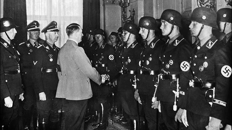 ¿Cómo actúa el mayor 'cazador de nazis' en Sudamérica?