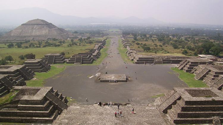 """México: Arqueólogos descubren un """"paisaje lunar"""" en las entrañas de Teotihuacán"""