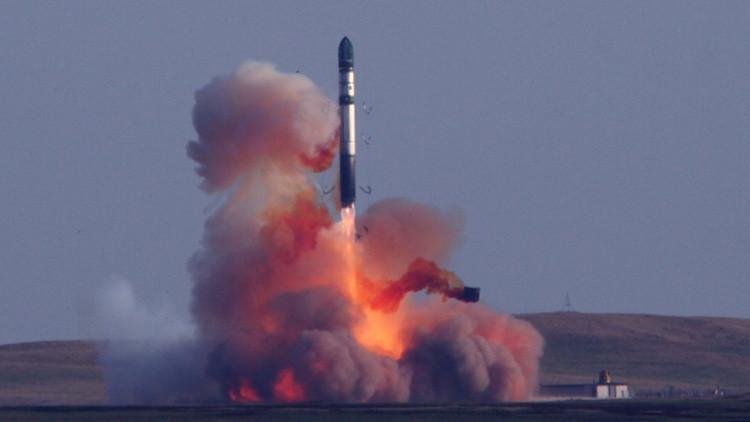 Sarmat: El misil balístico intercontinental que puede superar cualquier sistema de defensa antimisil