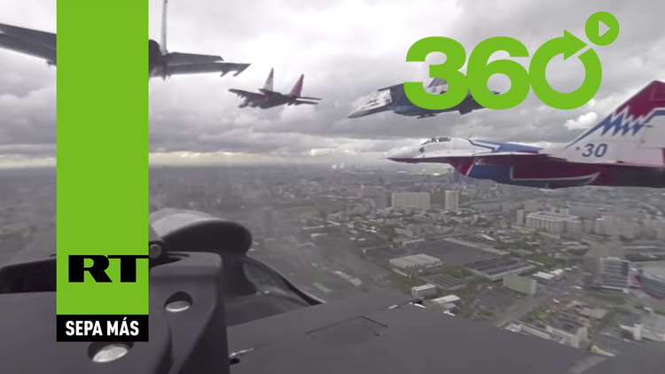 Participe en el desfile de la Victoria con los videos en 360º de RT desde Moscú