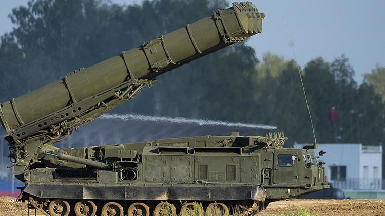 El Ejército iraní incorpora los sistemas antiaéreos rusos S-300