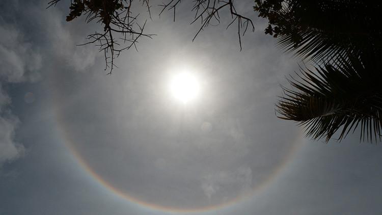 Los rusos observan un fenómeno raro en los cielos del sur del país (fotos)