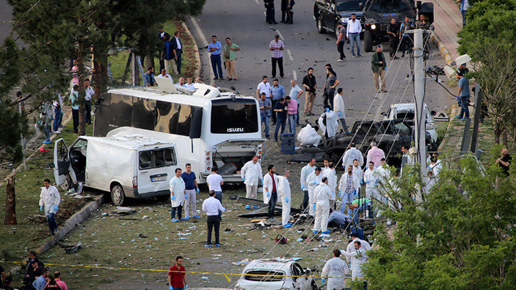 Turquía: una explosión en la ciudad de Diyarbakir deja al menos 3 muertos y decenas de heridos