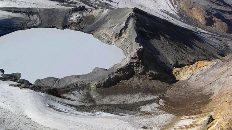 Prohíben acercarse al volcán de 'El Señor de los Anillos'