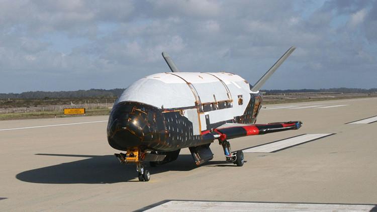 ¿Qué ha hecho durante un año en órbita un avión espacial de EE.UU.?