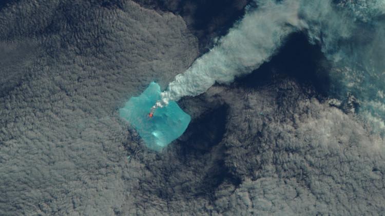 El volcán menos estudiado del mundo despierta tras 60 años de inactividad (FOTOS)