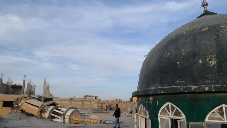 ¿Se avecina la caída del Estado Islámico? Su 'capital', en estado de emergencia