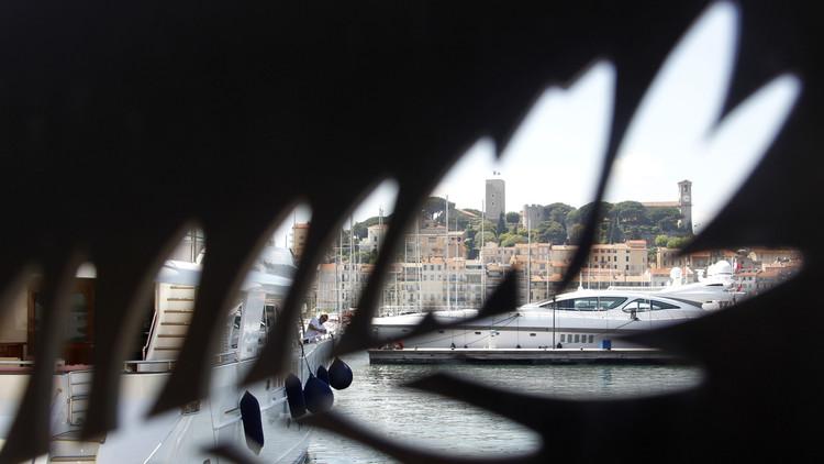 Pánico en Cannes: los invitados del festival, aterrorizados al ver 'terroristas del EI' (video)