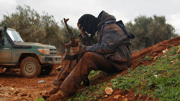 Dos adolescentes franceses al servicio del EI matan a sangre fría a dos sirios