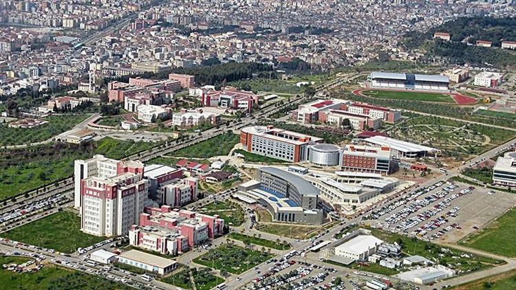 Una estudiante turca es expulsada y acusada de difundir propaganda terrorista por hablar en kurdo