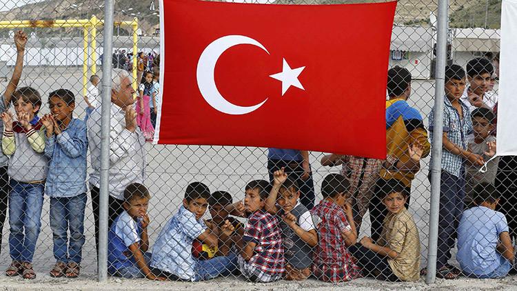 """""""Bajo el amparo de la UE"""": ¿Hay centros de deportación de refugiados con regímenes carcelarios?"""