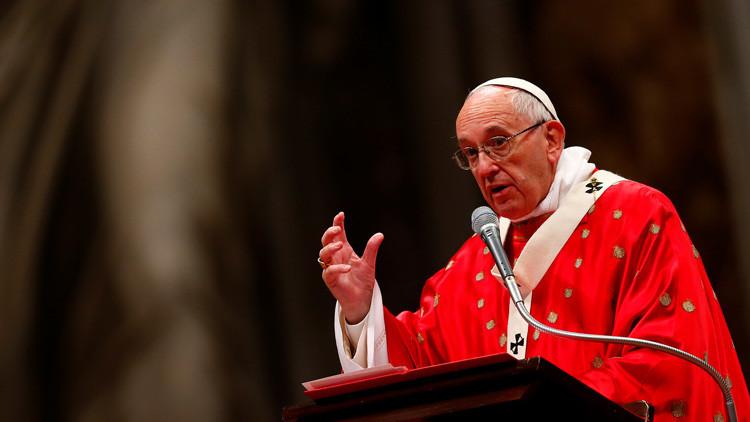 El papa Francisco critica a Occidente por imponer su 'democracia' en Libia e Irak