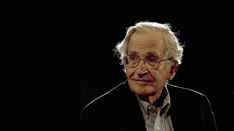 """Chomsky: """"Nunca existió nada tan peligroso para el mundo como el Partido Republicano actual"""""""