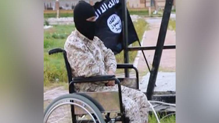 Un verdugo del Estado Islámico en silla de ruedas siembra el pánico en una ciudad libia 'maldita'