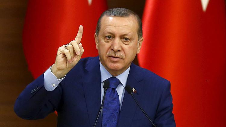 """El presidente del Parlamento alemán arremete contra las """"ambiciones autocráticas"""" de Erdogan"""
