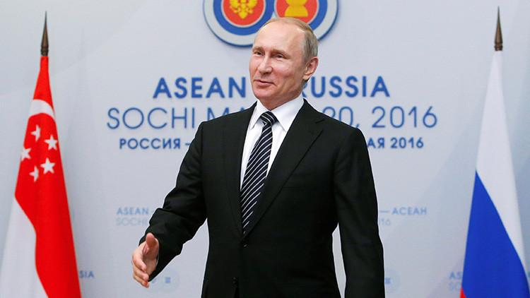 """Putin: """"Se puede crear una zona de libre comercio entre la Unión Euroasiática y el Sudeste Asiático"""""""