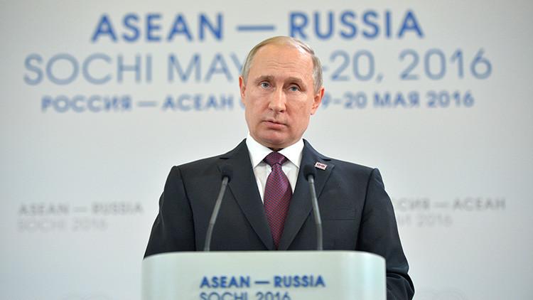 El presidente ruso Vladímir Putin en la cumbre Rusia-ASEAN