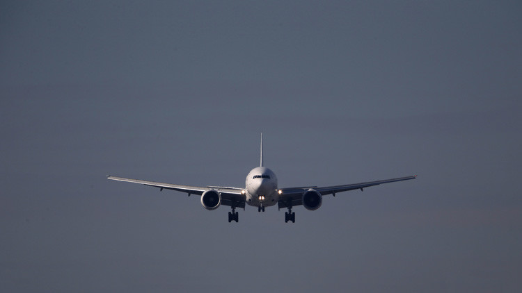 Grecia envía cazas F-16 para interceptar un Boeing de pasajeros