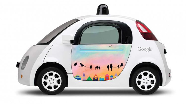 Google patenta un capó pegajoso para proteger a los peatones en caso de atropello