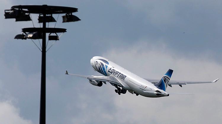 TV francesa: Piloto del MS804 de EgyptAir habló con controladores egipcios poco antes del siniestro