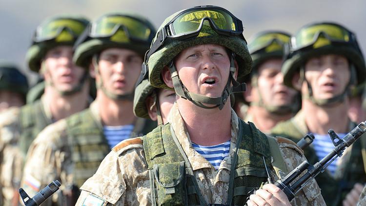 Moscú responde a la OTAN con tres nuevas divisiones cerca de sus fronteras