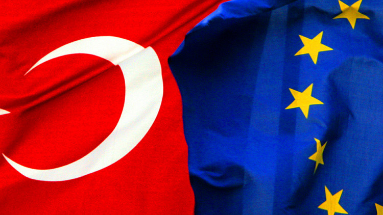 Visas y dinero a cambio de refugiados: ¿Abrirá la UE sus puertas a Turquía?