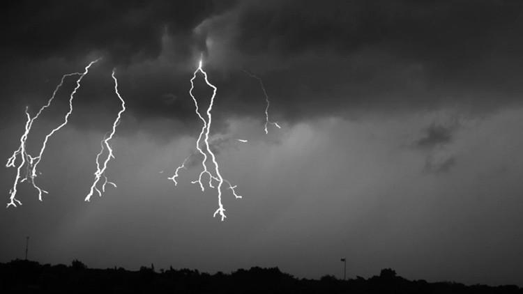 Video: Así se ve una espectacular tormenta eléctrica a cámara lenta