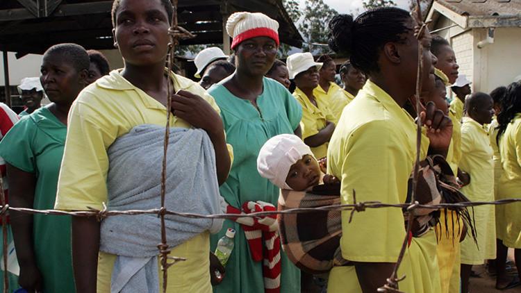 Convictas en la prisión de Chikurubi, Harare, Zimbabue, 17 de febrero de 2014.