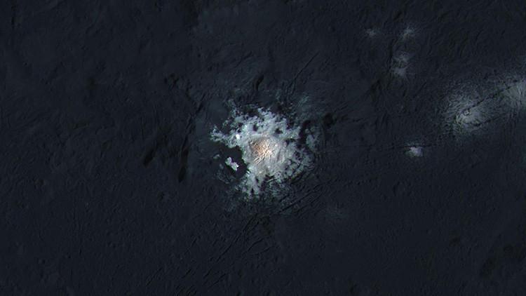 ¿Vida en Ceres? La variación de puntos luminosos en el planeta enano desconcierta a los científicos
