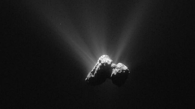 Encuentran en el cometa Churiúmov-Guerasimenko componentes esenciales para la vida en la Tierra