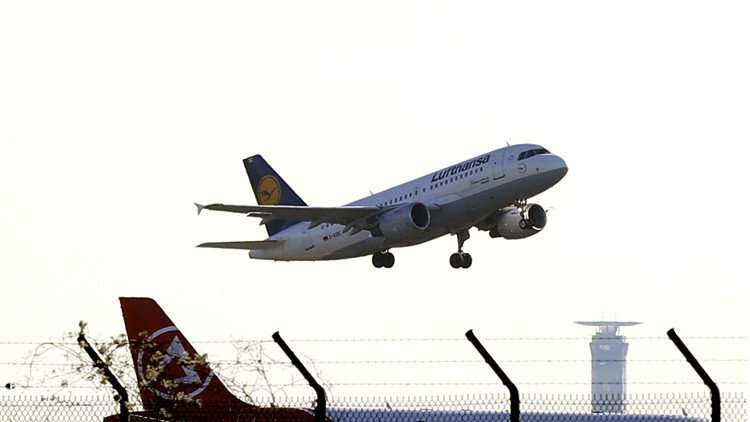 Las aerolíneas Lufthansa y Latam se van de Venezuela