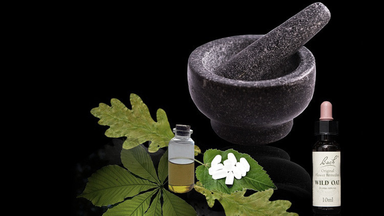 Homeopatía y racismo científico: estas son algunas de las teorías que perjudican a la humanidad