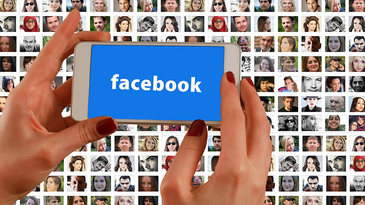 Un exdirector de la CIA insinúa que Facebook podría ser la mayor amenaza a la privacidad