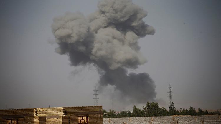 Video de infarto: Un coche bomba del EI explota mientras un reportero kurdo lo retransmite en vivo
