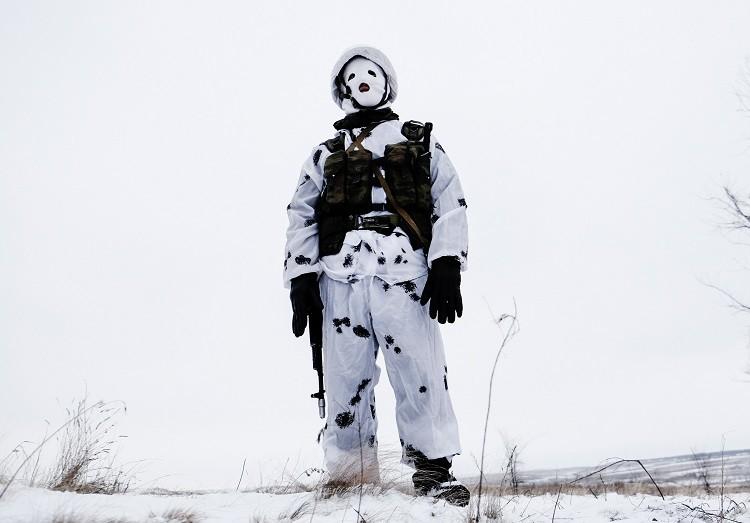Un soldado de la unidad de mantenimiento de la paz del Distrito Militar Central de Rusia