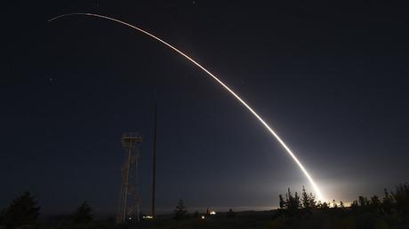 Misil balístico Minuteman III sin ojiva nuclear en pruebas operacionales