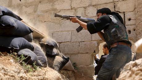El Frente Al Nusra reúne 6.000 combatientes para minar el proceso de reconciliación en Siria