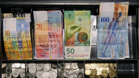 Suiza se prepara para decidir su futuro económico en el referéndum