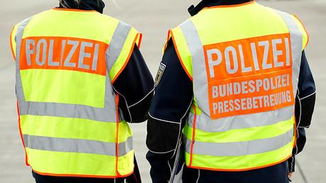 Dos agentes de la Policía Federal alemana