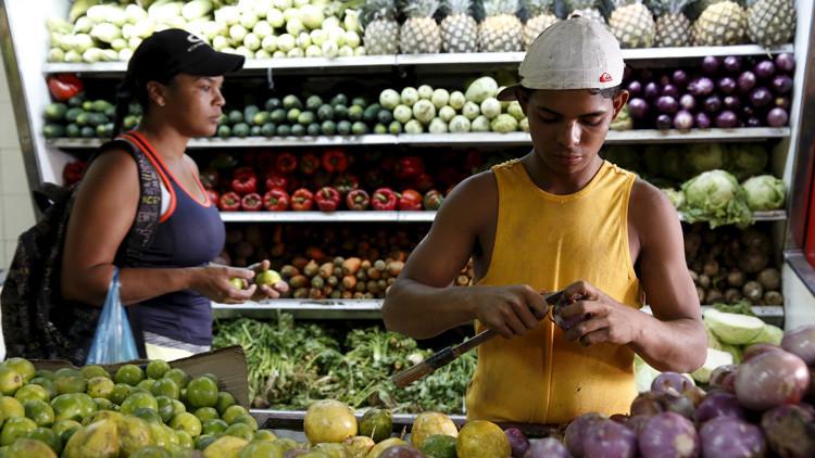 """Esclarecedora carta de una venezolana: """"Hay más colas para comprar barato que protestas"""""""