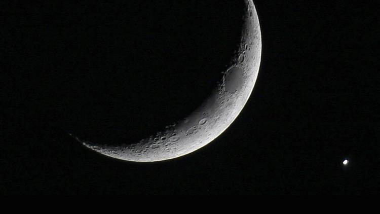 La Luna y Mercurio 'se citan' al amanecer