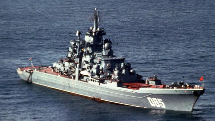 El crucero propulsado por energía nuclear Kalinin