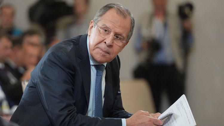 """Lavrov: """"EE.UU. presiona a Kiev para que cumpla con los acuerdos de Minsk"""""""