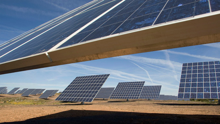 Chile posee tanta energía solar que ahora la regala