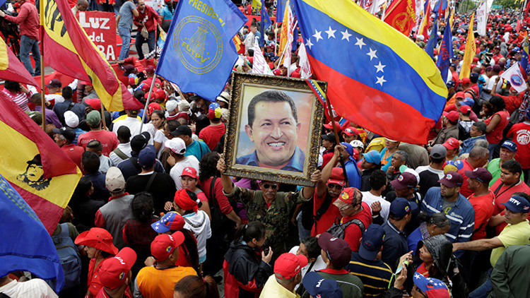 """Identifican el arma """"de alta tecnología"""" con la que indujeron cáncer a Hugo Chávez"""
