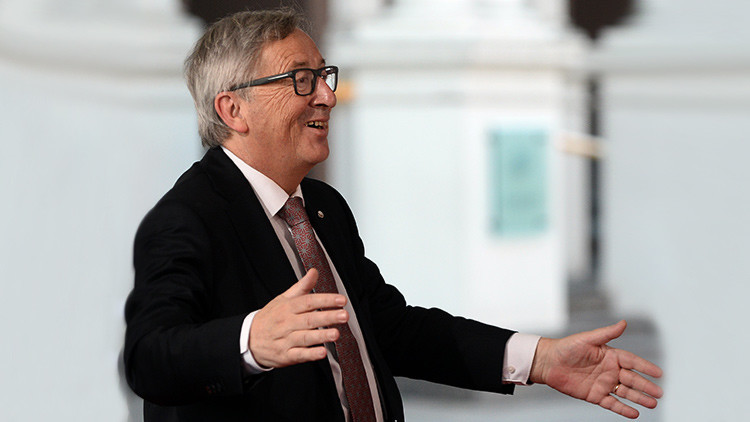 Video viral: ¿A qué se debe la jovialidad y camaradería de Juncker con los líderes europeos?