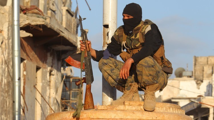 """Exembajador británico en Siria: """"EE.UU. se alía con Al Qaeda en su obsesión de derrocar a Assad"""""""