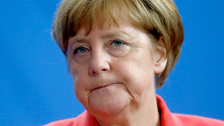 """La trampa estadounidense a Angela Merkel: cómo EE.UU. convirtió a Alemania en su """"Estado vasallo"""""""